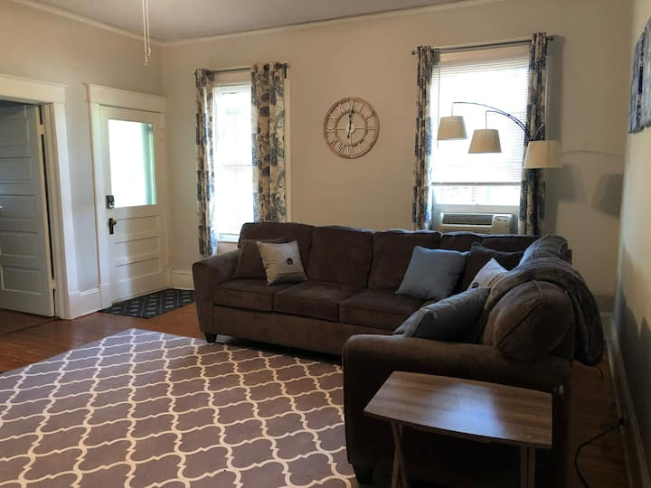 03 Darling Apartment in Rustic GVL Home