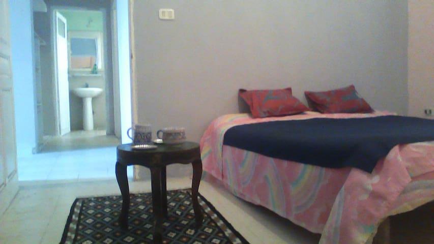 Cozy room and Tunisian Arabic lessons ! - Gouvernorat de Bizerte - Byt