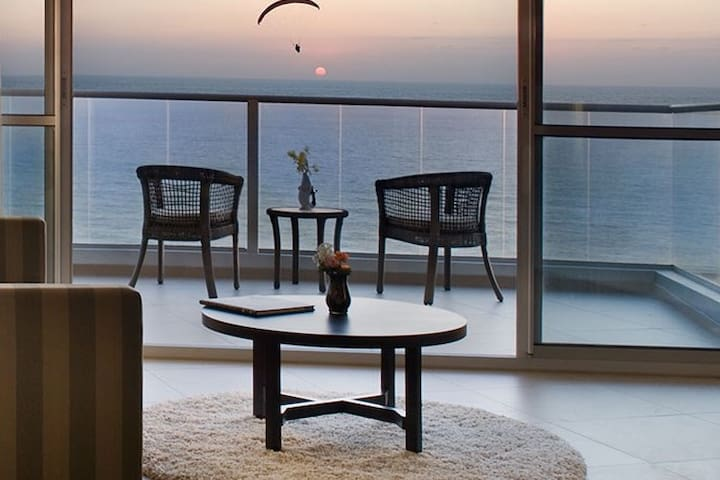 Luxury hotel apartment with sea view