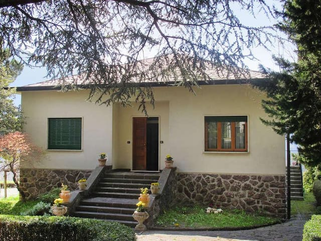 Villa Ginevra: oasis between lake and mountains - Vendrogno - Villa