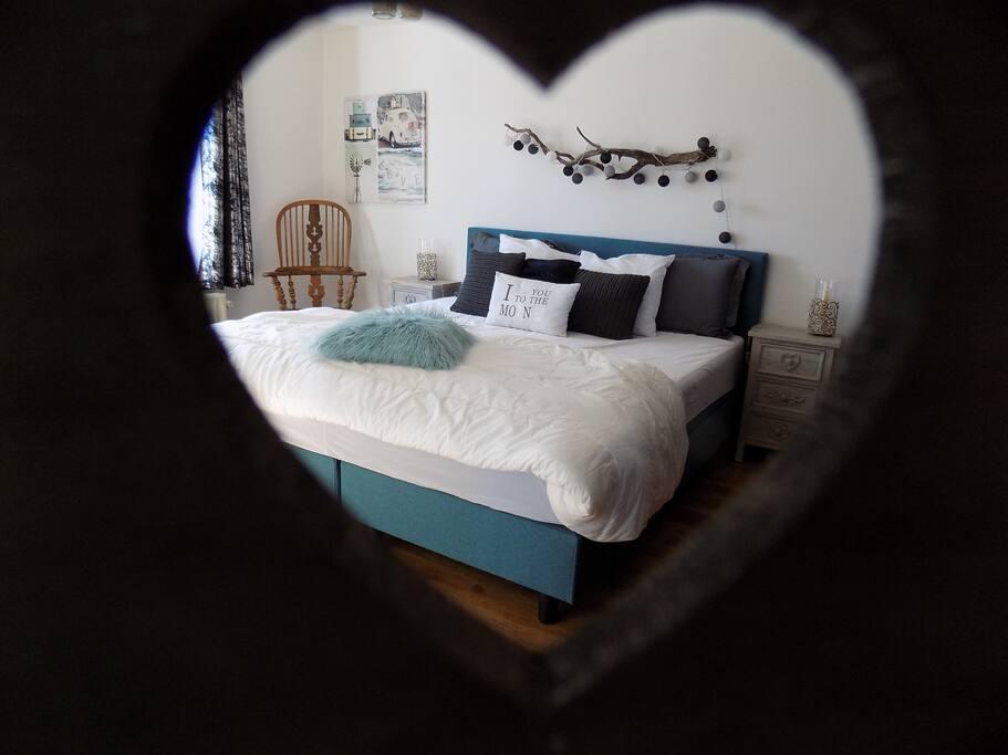 Chambre 1 avec lit king size de 180/200