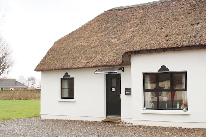 Julie's Thatched Cottage