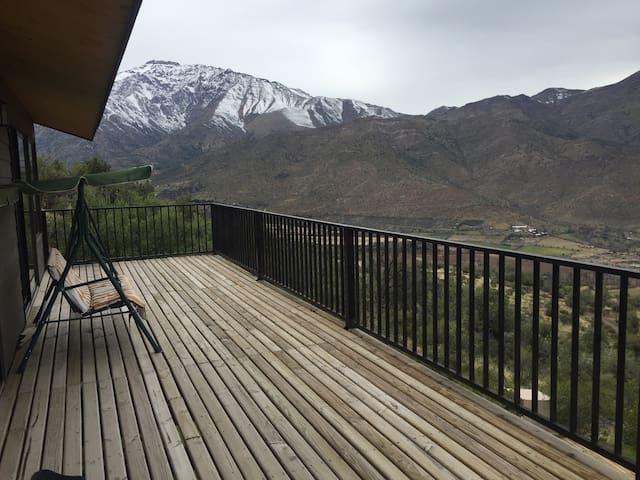 Casa en la montaña a solo 90km de Stgo!