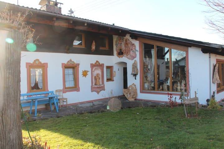 Ferienwohnung beim Holzschnitzer - Bad Bayersoien - Apartamento