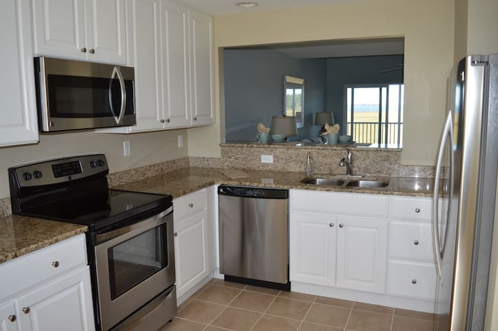 Bethany Beach Bay Condo w/ Spectacular Views