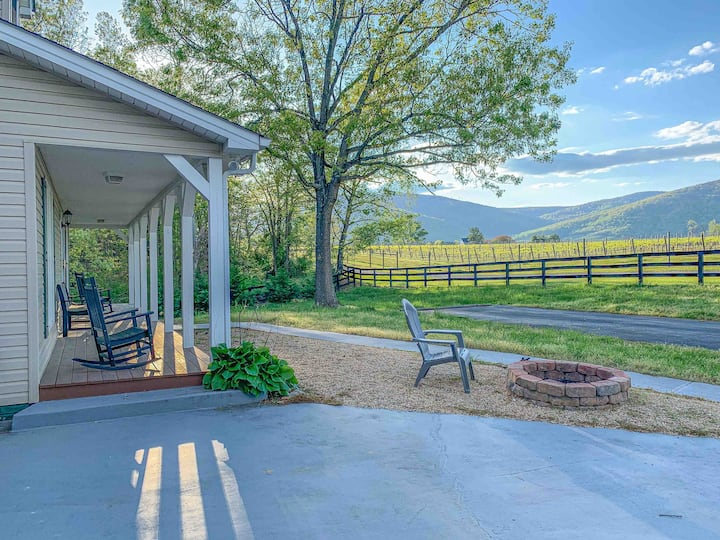 Stunning Vineyard & Mtn Views | Perfect Retreat