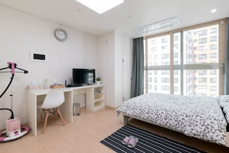D&M APT HOUSE-DongDaemoom /MyeongDong/BigSlae/NEW - 서울특별시 - Lägenhet