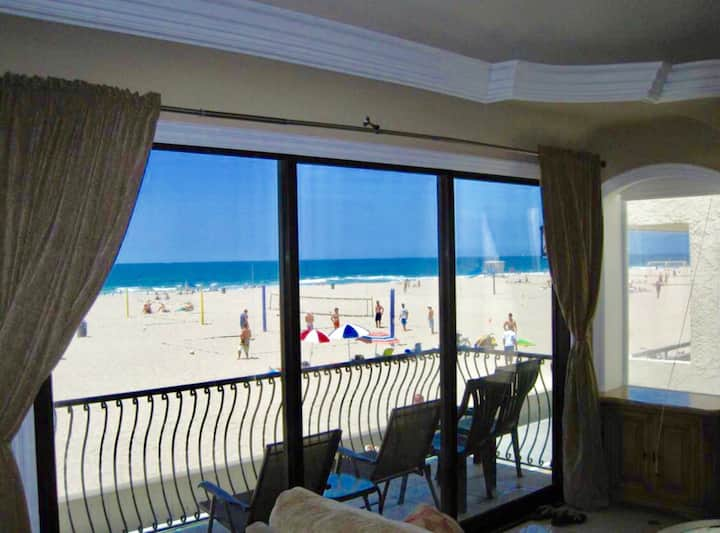 NEW! OCEANFRONT-The STRAND-Live Best Beach Life !