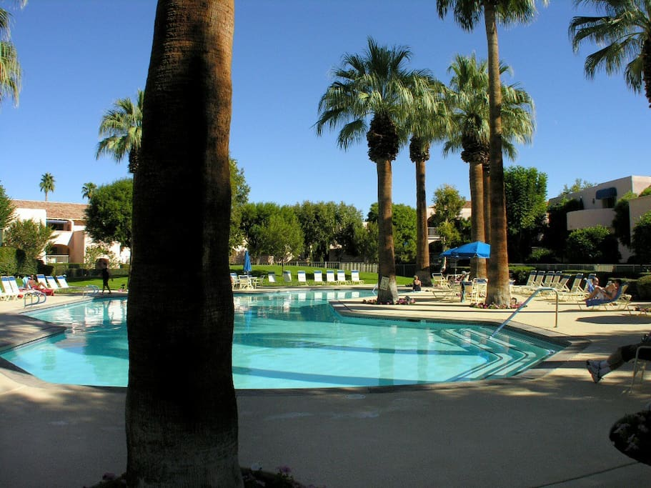 Downtown Palm Springs - Deauville Vacation Rental Condos from Palm Springs Rental Agency
