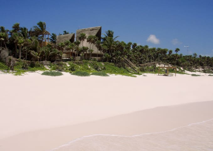 Casa Nalum - Luxury Beachfront Villa - Tulum - Villa