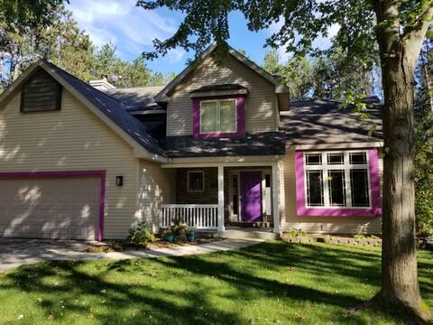 Purple Door Inn: An Oasis in the Trees