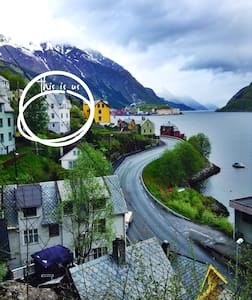 Water view basement apartment room1 - Odda