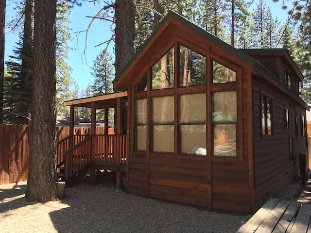 Zion Cabin at Cedar Pines Resort/ South Lake Tahoe - South Lake Tahoe - Kisház