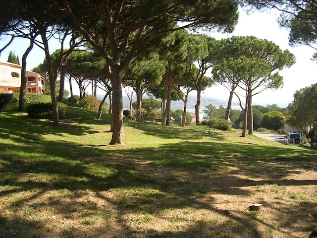 Appartement au calme à Sainte-Maxime - Sainte-Maxime - Apto. en complejo residencial