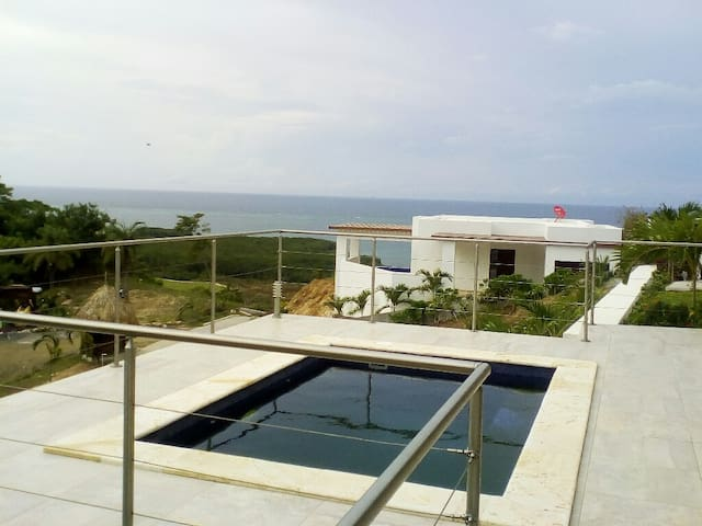 Coral Views Village* 2bdrm*Private Pool*Ocean View