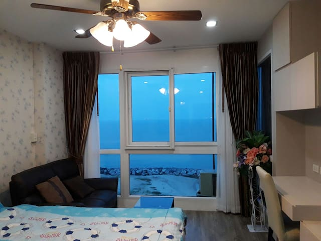 The Ultimate Rver Beach Studio 24sq - เมืองระยอง - Apartemen