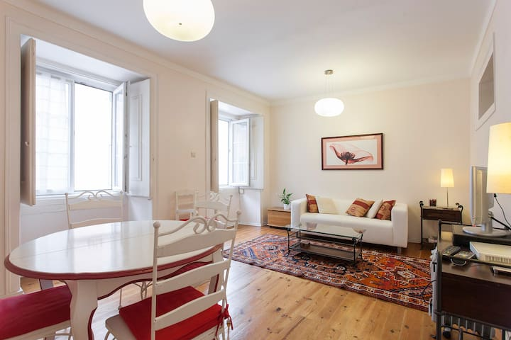 Charming Lisbon City Center , CHIADO - Chiado  - Apartment