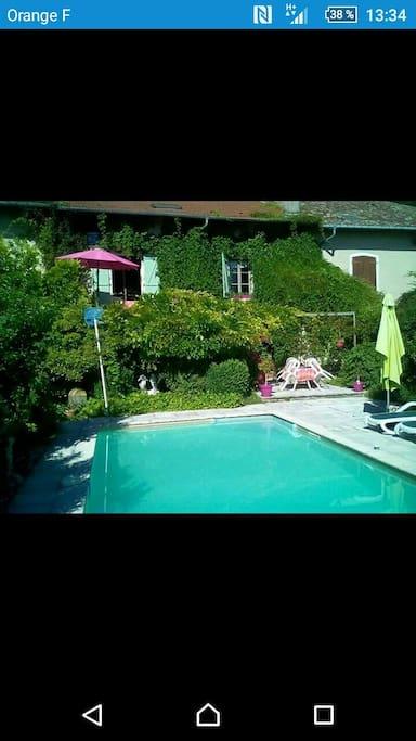 Maison lorraine de 250 m2 avec jardin et piscine maisons for Location maison piscine alsace