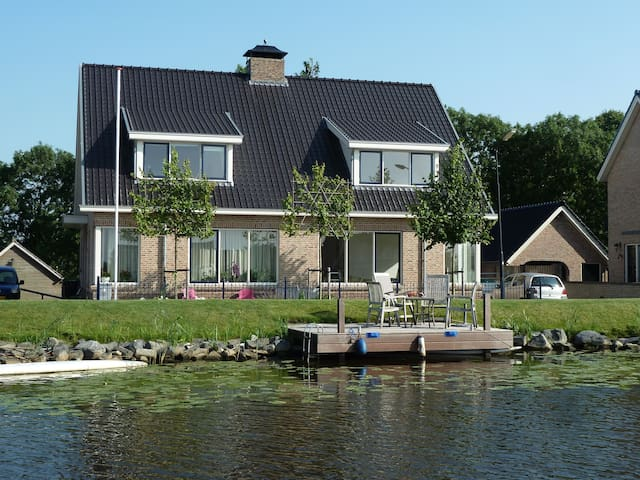 Nice house with river view in a rural location