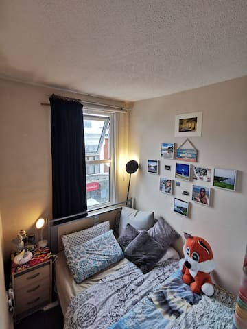 •Cozy and Nice double private bedroom in central •