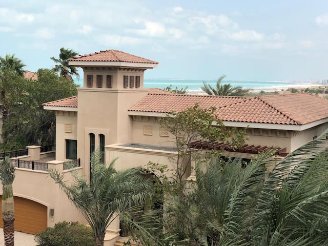 Family Villa on Saadiyat Island (SEА VIEW)