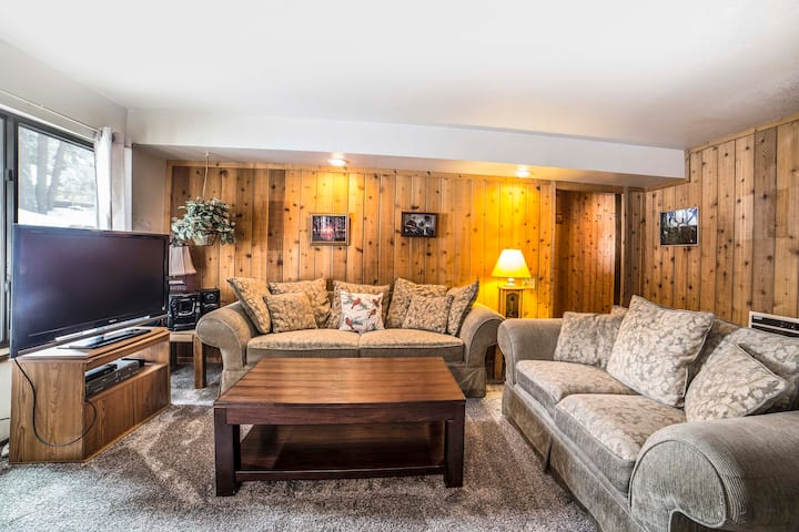 Perfect Family 2 Bedroom at Canyon Lodge & Village