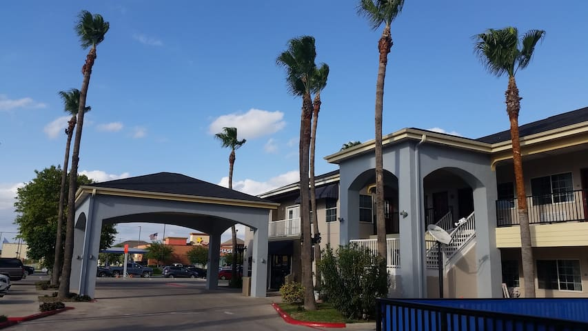 Texas Inn Downtown McAllen near Airport / Mall