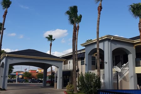 Texas Inn Downtown McAllen near Airport / Mall - McAllen - Boutique-Hotel