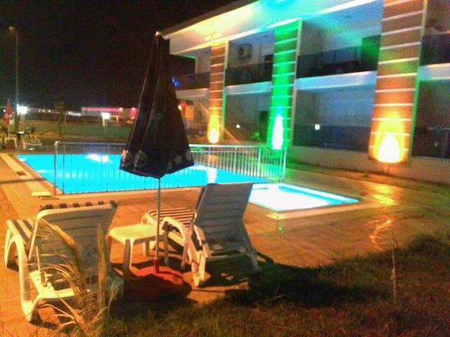 ES IST URLAUBSZEIT in TURKEI - Ilıca Belediyesi - Apartment