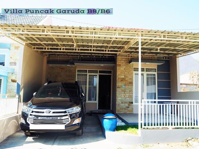 Villa Puncak Garuda B6