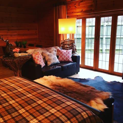 The Cabin Retreat