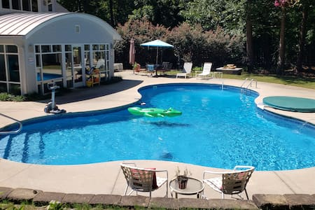 Changes In Latitudes Pool & Apartment Raleigh NC.