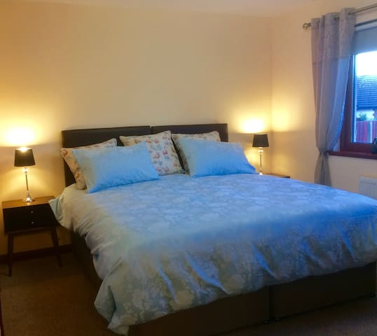 Beautifully decorated 3-bedroom bungalow