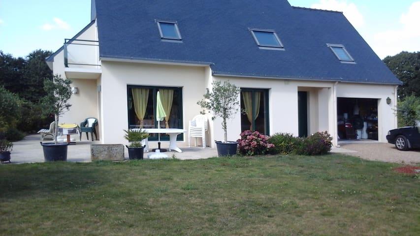 Loue maison de vacances - Combrit - Hus