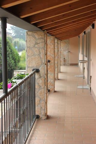 Residence Le Zagare - Appartamento Rosa - Sant'Ambrogio di Valpolicella - Leilighet