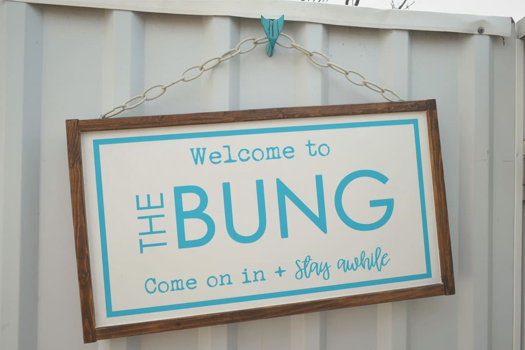 Welcome to The Bung, come on in and stay awhile  :)