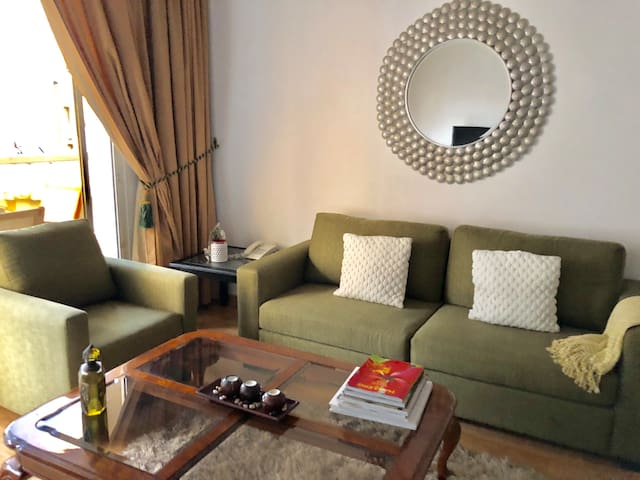 Spacious 1 Bedroom Suite & Large Balcony