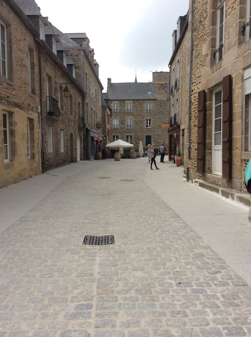 La rue de l'Ecole