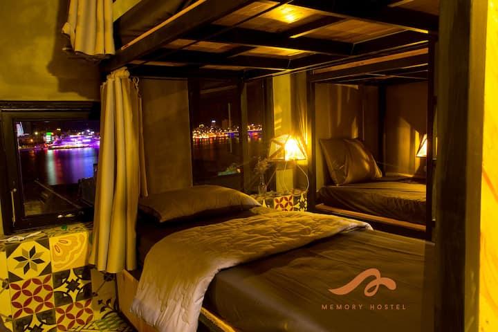 Memory Hostel - Danang (Room 1)