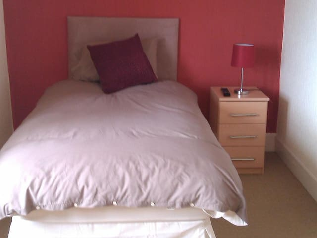 Single Room at Harbour House Bed and Breakfast