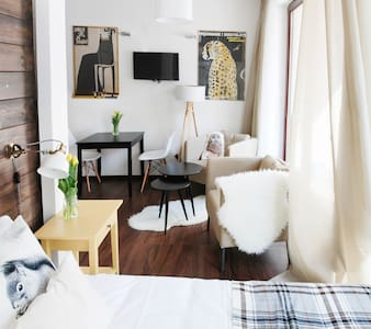*BREAKFAST*Peaceful Apartment Old Town - Krakau