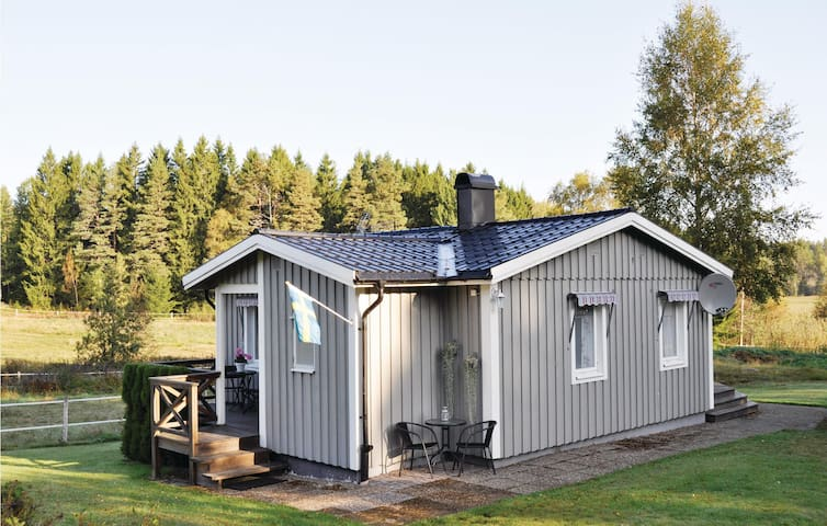 Holiday cottage with 2 bedrooms on 46 m² in Tösse