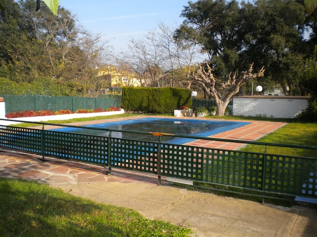 HUTG2887-27 Planta baja con piscina y gran jardín. - Castell-Platja d'Aro - Huoneisto