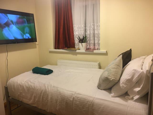 (F3) Cosy Single bedroom (Plumstead/Abbey Wood)