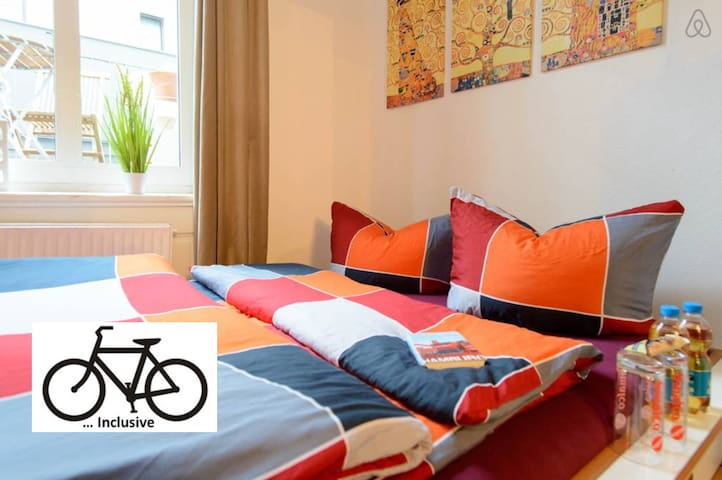 Just 7 min to Central Station+Bikes+Parking