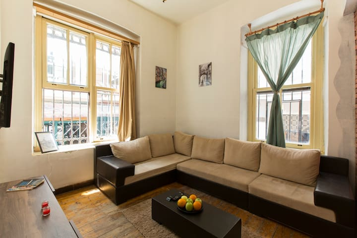 Deluxe Apartment /4BR @ Heart of Galata