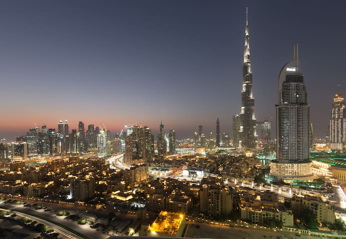 Luxury 2 BR Apt - Full Burj Khalifa Views*1502