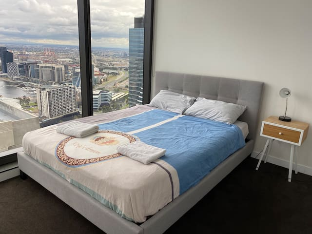 luxury apt with great view 2BR 2B