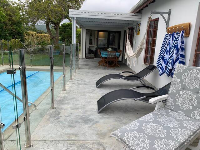 Peaceful luxurious holiday home in Plettenberg Bay