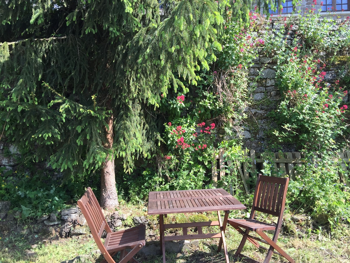 Moncontour 2018 (with Photos): Top 20 Places To Stay In Moncontour    Vacation Rentals, Vacation Homes   Airbnb Moncontour, Brittany, France